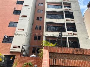 Apartamento En Ventaen Valencia, Valles De Camoruco, Venezuela, VE RAH: 21-4726