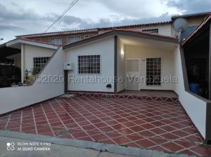 Casa En Ventaen Cabudare, Prados Del Golf, Venezuela, VE RAH: 21-4742