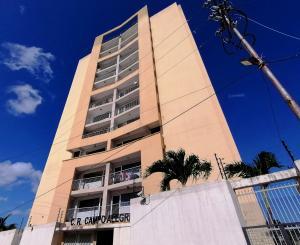 Apartamento En Ventaen Cabudare, Centro, Venezuela, VE RAH: 21-4747