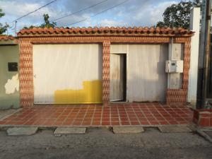 Casa En Ventaen Cabudare, Centro, Venezuela, VE RAH: 21-4758