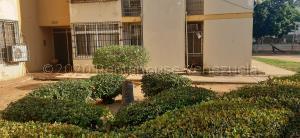 Apartamento En Ventaen Maracaibo, El Varillal, Venezuela, VE RAH: 21-4778