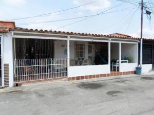 Casa En Ventaen Barquisimeto, Parroquia Santa Rosa, Venezuela, VE RAH: 21-4775