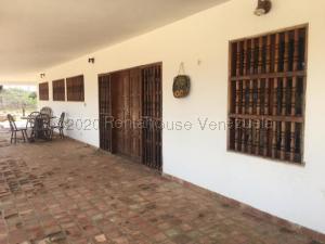 Casa En Ventaen Pueblo Nuevo, Pueblo Nuevo, Venezuela, VE RAH: 21-4797