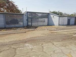 Casa En Ventaen Punto Fijo, Zarabon, Venezuela, VE RAH: 21-4804