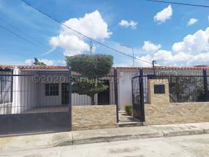 Casa En Alquileren Cabudare, Santa Cecilia, Venezuela, VE RAH: 21-4817