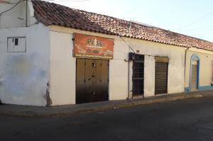 Local Comercial En Ventaen Coro, Centro, Venezuela, VE RAH: 21-4845