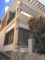 Casa En Ventaen Caracas, Colinas De Bello Monte, Venezuela, VE RAH: 21-4928
