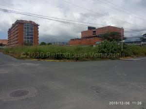 Terreno En Ventaen Guatire, Vega Arriba, Venezuela, VE RAH: 21-4871
