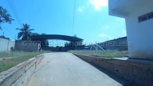 Galpon - Deposito En Alquileren Maracaibo, Lago Azul, Venezuela, VE RAH: 21-4881