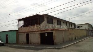 Casa En Ventaen Barquisimeto, Centro, Venezuela, VE RAH: 21-4921