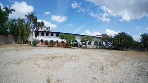 Galpon - Deposito En Alquileren Cabudare, Parroquia Agua Viva, Venezuela, VE RAH: 21-4929