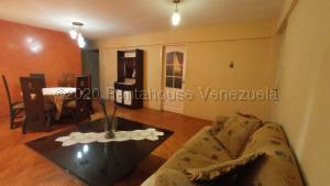 Apartamento En Ventaen Maracaibo, Avenida Goajira, Venezuela, VE RAH: 20-24962