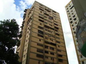 Apartamento En Ventaen Caracas, Caricuao, Venezuela, VE RAH: 21-5017