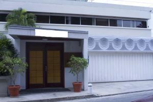 Casa En Ventaen Caracas, Colinas De Bello Monte, Venezuela, VE RAH: 21-5131