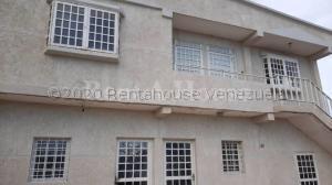 Apartamento En Ventaen Ciudad Ojeda, Cristobal Colon, Venezuela, VE RAH: 21-5026