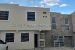 Casa En Ventaen Cabudare, La Mata, Venezuela, VE RAH: 21-5062