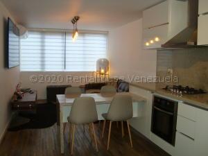 Apartamento En Ventaen Caracas, Los Naranjos Humboldt, Venezuela, VE RAH: 21-5324