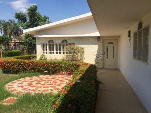Casa En Ventaen Ciudad Ojeda, Tamare, Venezuela, VE RAH: 21-5071