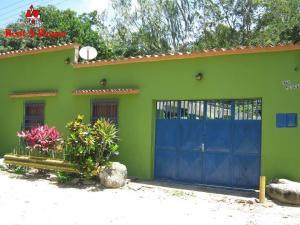 Casa En Ventaen Municipio Costa De Oro, Cuyagua, Venezuela, VE RAH: 21-5089