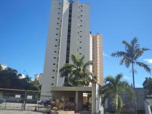 Apartamento En Ventaen Valencia, Valles De Camoruco, Venezuela, VE RAH: 21-5117