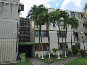 Apartamento En Ventaen Municipio San Diego, Monteserino, Venezuela, VE RAH: 21-5134