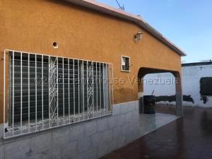 Casa En Ventaen Punto Fijo, Punta Cardon, Venezuela, VE RAH: 21-5178