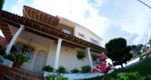 Casa En Ventaen Barquisimeto, Colinas De Santa Rosa, Venezuela, VE RAH: 21-5186