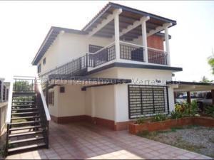 Apartamento En Alquileren Ciudad Ojeda, Avenida Bolivar, Venezuela, VE RAH: 21-5255