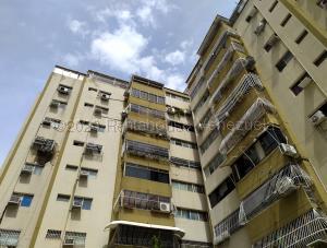 Apartamento En Ventaen Maracay, Andres Bello, Venezuela, VE RAH: 21-5293