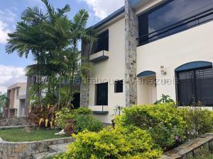 Casa En Ventaen Valencia, Parque Mirador, Venezuela, VE RAH: 21-5305