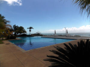 Apartamento En Ventaen Higuerote, Carenero, Venezuela, VE RAH: 21-5354