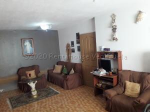 Apartamento En Ventaen Maracaibo, Pomona, Venezuela, VE RAH: 21-5394