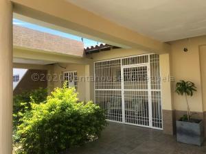 Casa En Alquileren Punto Fijo, Puerta Maraven, Venezuela, VE RAH: 21-5405