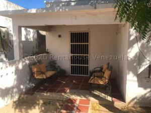Casa En Ventaen Punto Fijo, Punta Cardon, Venezuela, VE RAH: 21-5409
