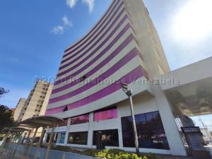 Local Comercial En Ventaen Barquisimeto, Zona Este, Venezuela, VE RAH: 21-5230