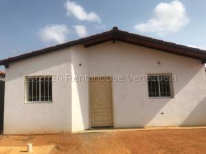 Casa En Ventaen Punto Fijo, Guanadito, Venezuela, VE RAH: 21-5425