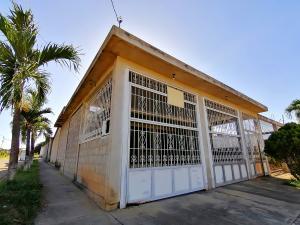 Casa En Ventaen Barquisimeto, Parroquia Tamaca, Venezuela, VE RAH: 21-5436