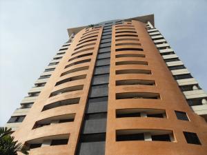 Apartamento En Ventaen Valencia, La Trigaleña, Venezuela, VE RAH: 21-5443