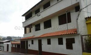 Casa En Ventaen Los Teques, Macarena Sur, Venezuela, VE RAH: 21-5462