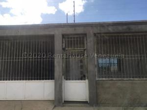Casa En Ventaen Punto Fijo, Guanadito, Venezuela, VE RAH: 21-5463