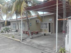 Casa En Ventaen Chichiriviche, Playa Norte, Venezuela, VE RAH: 21-5485