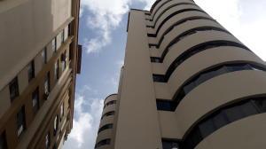 Apartamento En Ventaen Valencia, Prebo I, Venezuela, VE RAH: 21-5496