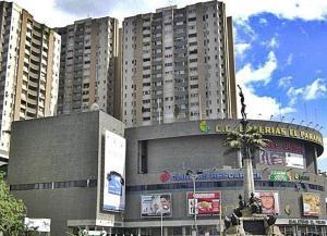 Local Comercial En Ventaen Caracas, El Paraiso, Venezuela, VE RAH: 21-5515