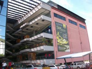 En Ventaen Caracas, Terrazas Del Avila, Venezuela, VE RAH: 21-5519