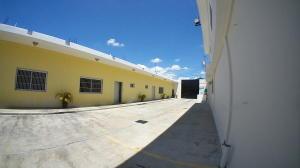 Local Comercial En Alquileren Barquisimeto, Parroquia Concepcion, Venezuela, VE RAH: 21-5528