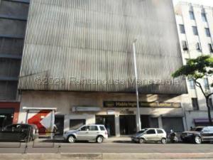 Local Comercial En Alquileren Caracas, La Candelaria, Venezuela, VE RAH: 21-6713
