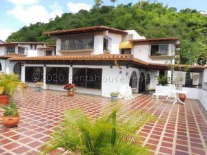 Casa En Ventaen Caracas, Colinas Del Tamanaco, Venezuela, VE RAH: 21-5572