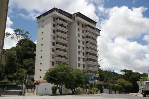 Apartamento En Ventaen Caracas, El Cafetal, Venezuela, VE RAH: 21-5580