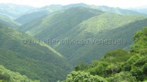 Terreno En Ventaen Caracas, El Hatillo, Venezuela, VE RAH: 21-5601