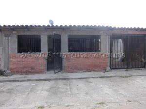 Casa En Ventaen San Francisco De Yare, Yare, Venezuela, VE RAH: 21-5618